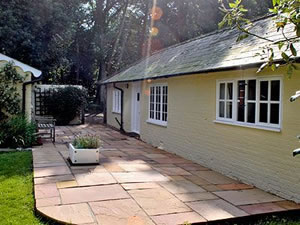 Self catering breaks at The Cottage in Dunwich, Suffolk