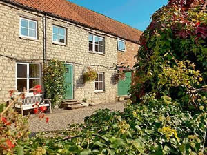 Self catering breaks at Beech Farm - Bracken Brow in Pickering, North Yorkshire