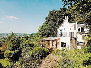 Self catering breaks at Eastwood Lodge in Bath, Somerset