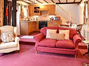 Self catering breaks at Daleside - Rose Cottage in Keswick, Cumbria