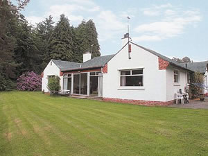 Self catering breaks at Lairds Cast in Inchmarlo, Aberdeenshire