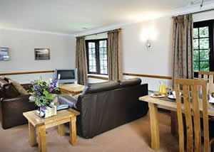 Self catering breaks at Loch Ard in Stirling, Stirlingshire