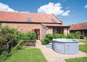 Self catering breaks at Coriander in Catfield, Norfolk